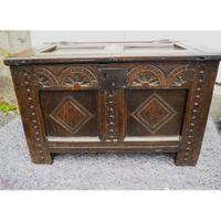 Baby Size 17th Century Carved Oak Coffer (4 of 8)