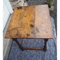 Early 18th Century Oak Occasional Table (5 of 7)