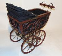 Edwardian Doll's Pram (3 of 6)