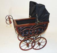 Edwardian Doll's Pram (5 of 6)