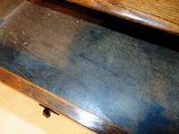 Early 18th Century Oak Side Table (5 of 7)