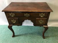 Good 18th Century Oak Cabriole Leg Lowboy / Side Table