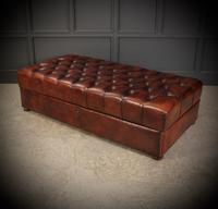 Very Large 18th Century Buttoned Leather Ottoman (13 of 16)