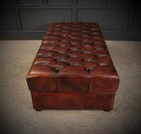 Very Large 18th Century Buttoned Leather Ottoman (15 of 16)