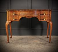 Queen Anne Style Shaped Walnut Dressing Table c.1920 (3 of 11)