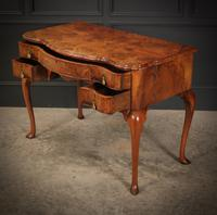 Queen Anne Style Shaped Walnut Dressing Table c.1920 (7 of 11)