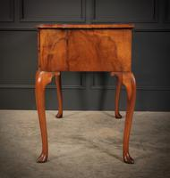 Queen Anne Style Shaped Walnut Dressing Table c.1920 (8 of 11)