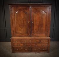 18th Century Oak Housekeepers Cupboard (3 of 14)