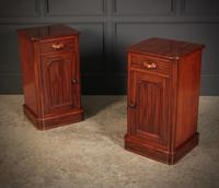 Pair of Victorian Mahogany Bedside Cabinets (2 of 10)