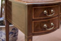 Beautiful Victorian Mahogany Writing Table (5 of 5)