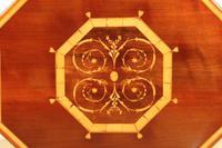 Inlaid Mahogany Octagonal Centre Table c.1901 (2 of 11)