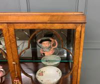 Queen Anne Style Burr Walnut Display Cabinet c.1920 (8 of 14)