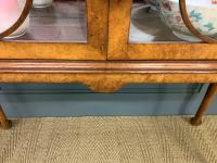 Queen Anne Style Burr Walnut Display Cabinet c.1920 (9 of 14)