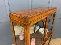 Queen Anne Style Burr Walnut Display Cabinet c.1920 (13 of 14)