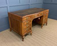 Large Burr Walnut Serpentine Fronted Pedestal Desk (9 of 14)