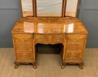Burr Walnut Dressing Table (4 of 20)