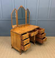 Burr Walnut Dressing Table (18 of 20)