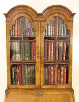 Dome Topped Walnut Bureau Bookcase c.1900 (16 of 18)