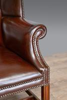 Leather Deep Buttoned Wing Chair c.1930 (5 of 5)
