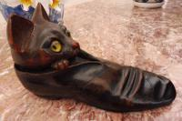Carved Oak Cat Inkwell with Glass Eyes 8 Inch 1860 (Free Shipping to Mainland England) (4 of 9)