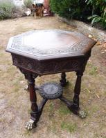 Heavily Carved Oak  Occasional Table 1800 (Free Shipping to Mainland England) (8 of 9)