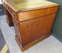 Victorian Leather-Topped Golden Oak Pedestal Desk (2 of 7)