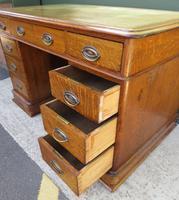 Victorian Leather-Topped Golden Oak Pedestal Desk (5 of 7)