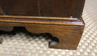 Early 18th Century Oak Bureau. Small Size, Step & Well Interior C.1725 (12 of 13)