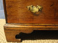 Early 18th Century Oak Bureau. Small Size, Step & Well Interior C.1725 (13 of 13)