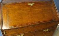 Early 18th Century Oak Bureau. Small Size, Step & Well Interior C.1725 (8 of 13)