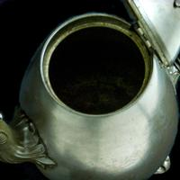 Victorian Britannia Metal Tea Pot c.1890 (2 of 13)