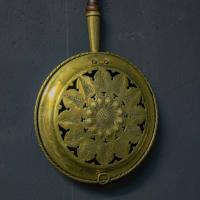 Victorian Brass Warming Pan (2 of 5)