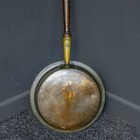 Victorian Brass Warming Pan (4 of 5)
