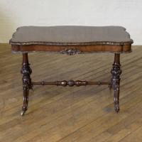 Victorian Walnut Table c.1860 (9 of 9)
