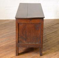 17th Century Oak Coffer (2 of 10)