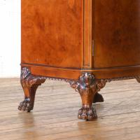 Pair of Queen Anne Style Bedside Cabinets (9 of 18)