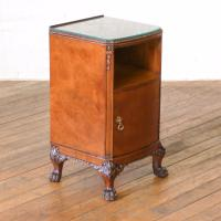Pair of Queen Anne Style Bedside Cabinets (8 of 18)