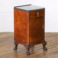 Pair of Queen Anne Style Bedside Cabinets (17 of 18)