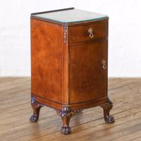 Pair of Queen Anne Style Bedside Cabinets (16 of 18)