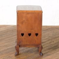 Pair of Queen Anne Style Bedside Cabinets (11 of 18)
