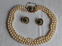 9ct Gold Set / Necklace & Earrings / Pearls & Australian Chrysoprase 1966 (5 of 14)