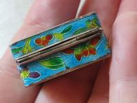 Antique Chinese Enamel Solid Silver Pill Box with Shrimp (2 of 12)