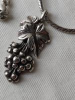Vintage Sterling Silver Necklace with Grape Shape Pendant London 1944 (3 of 7)
