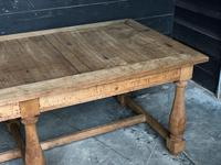 Unusual 6 Leg French Farmhouse Dining Table (22 of 22)