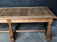 Unusual 6 Leg French Farmhouse Dining Table (12 of 22)