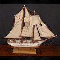 Model Ship La Belle Poulle