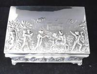 Silver Embossed Rectangular Box Chester 1901 (4 of 12)