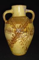 Ewenny Twin Handled Vase (4 of 10)