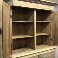 Scottish Edwardian Pine Linen Press (3 of 7)