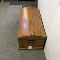 Small Old English Polished Pine Trunk c.1870 (3 of 4)